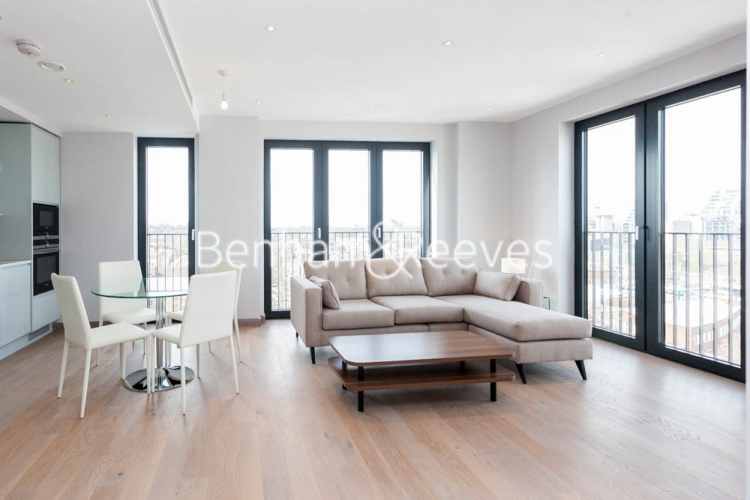 3 bedroom(s) flat to rent in Cummings House, Wandsworth, SW18-image 1