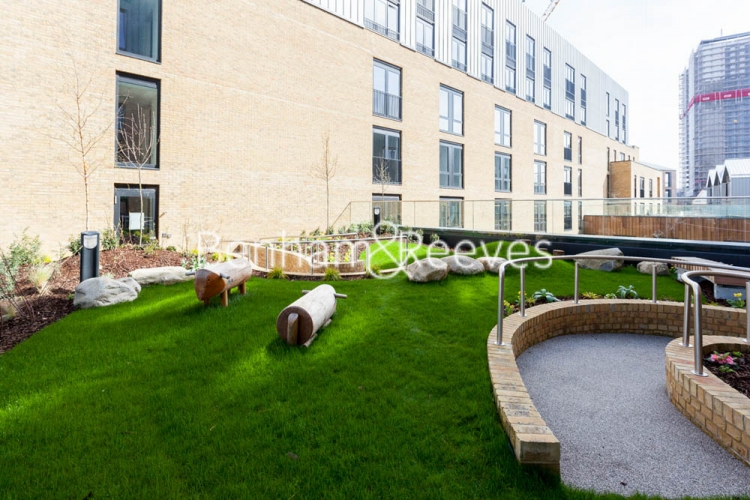 3 bedroom(s) flat to rent in Cummings House, Wandsworth, SW18-image 6