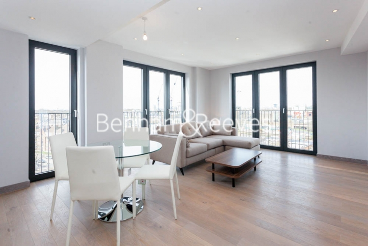3 bedroom(s) flat to rent in Cummings House, Wandsworth, SW18-image 7