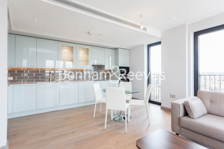 3 bedroom(s) flat to rent in Cummings House, Wandsworth, SW18-image 8