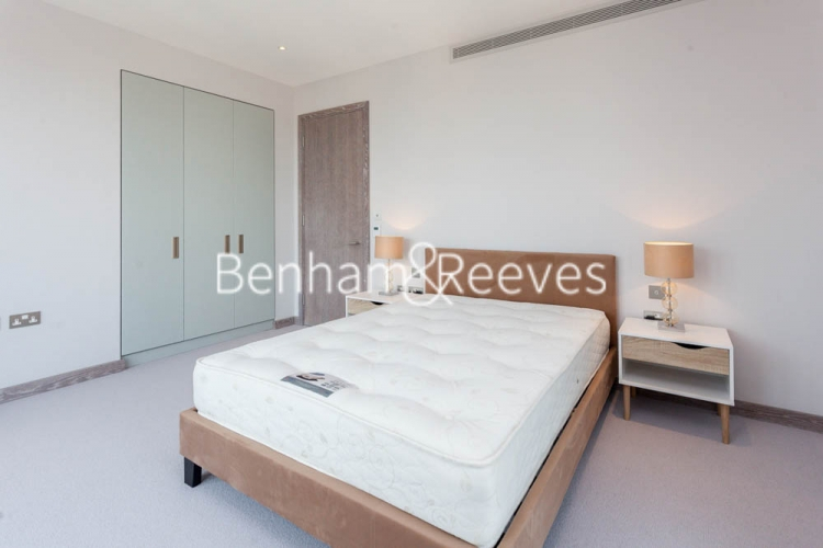 3 bedroom(s) flat to rent in Cummings House, Wandsworth, SW18-image 9