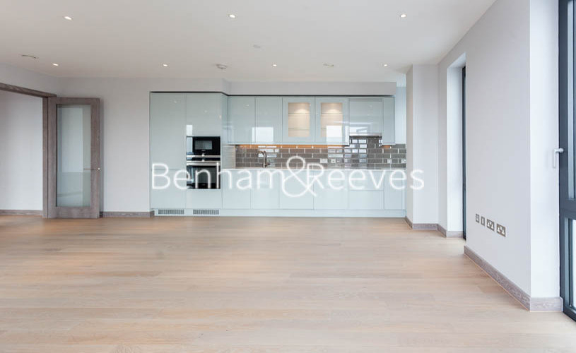 3 bedroom(s) flat to rent in Ram Quarter, Wandsworth, SW18-image 8