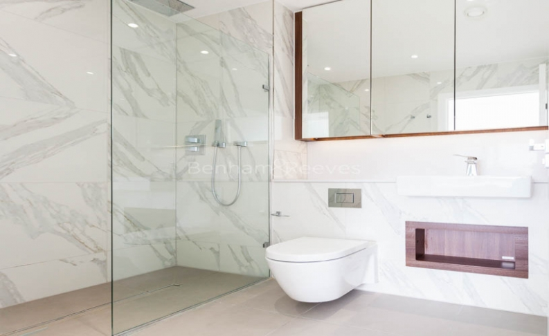 3 bedroom(s) flat to rent in Central Avenue, Fulham Riverside, SW6-image 5
