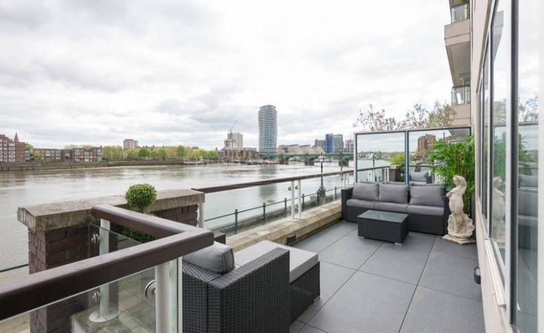 2 bedroom(s) flat to rent in Thames Quay, Chelsea Harbour, SW10-image 9