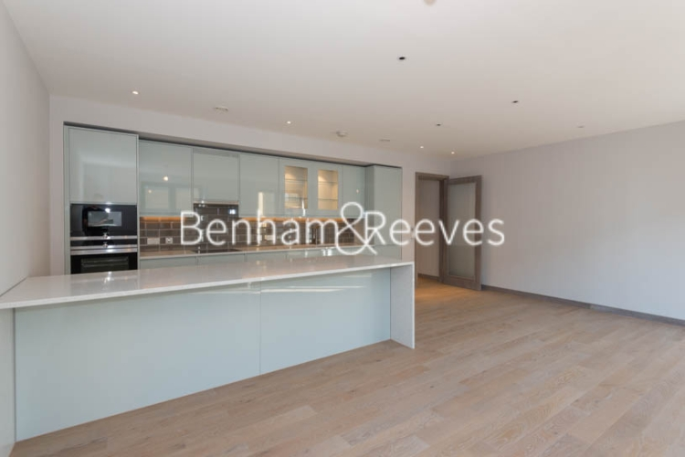 3 bedroom(s) flat to rent in Chivers Passage, Imperial Wharf, SW18-image 1