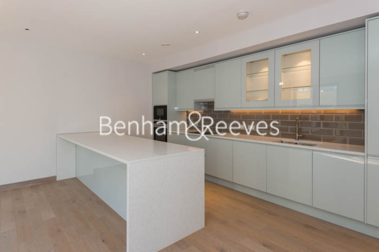 3 bedroom(s) flat to rent in Chivers Passage, Imperial Wharf, SW18-image 2
