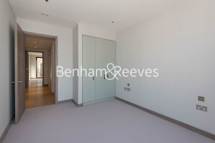 3 bedroom(s) flat to rent in Chivers Passage, Imperial Wharf, SW18-image 6