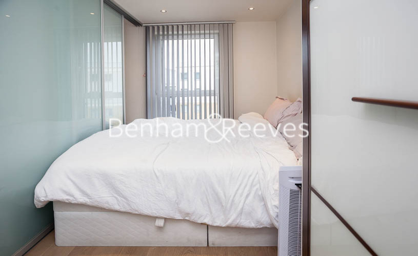 Studio flat to rent in Townmead road, Imperial Wharf, SW6-image 6