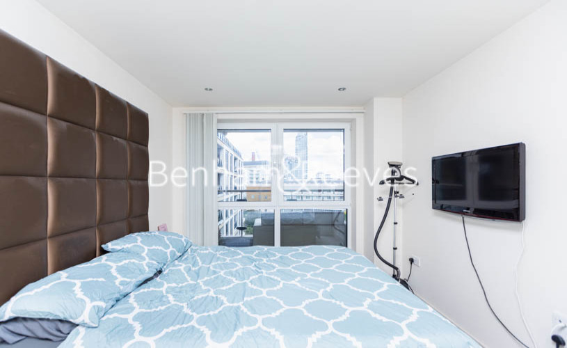 1 bedroom(s) flat to rent in Townmead Road,Fulham ,SW6-image 13