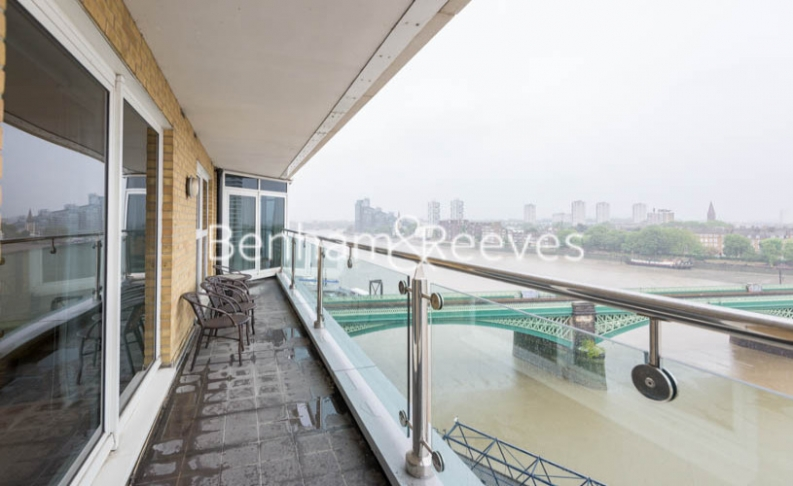3 bedroom(s) flat to rent in Waterside Tower, Imperial Wharf, SW6-image 5