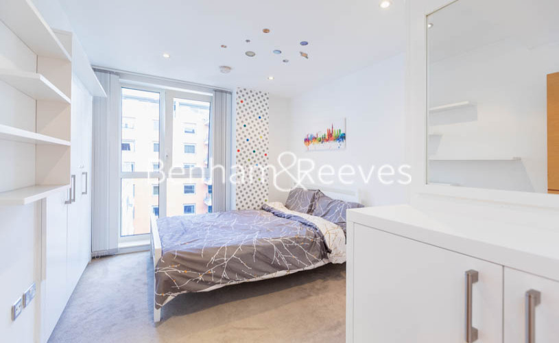 2 bedroom(s) flat to rent in Lensbury Avenue, Fulham, SW6-image 9