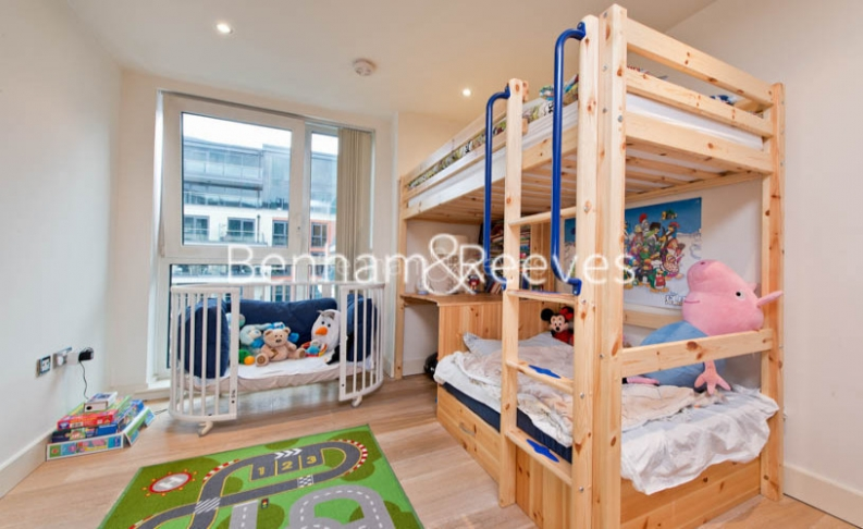 2 bedroom(s) flat to rent in Imperial Wharf, Fulham, SW6-image 9