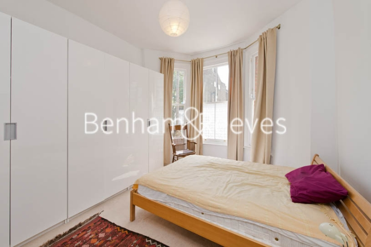 1 bedroom(s) flat to rent in Bickerton Road, Archway, N19-image 3