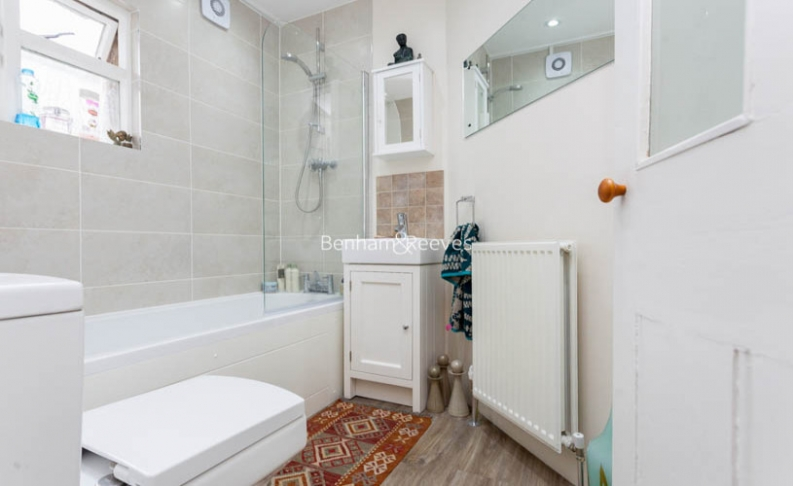2 bedroom(s) flat to rent in Miranda Road, Whitehall Park, N19-image 7