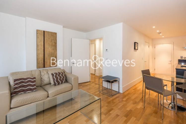 1 bedroom(s) flat to rent in Highbury Stadium Square, Highbury, N5-image 1