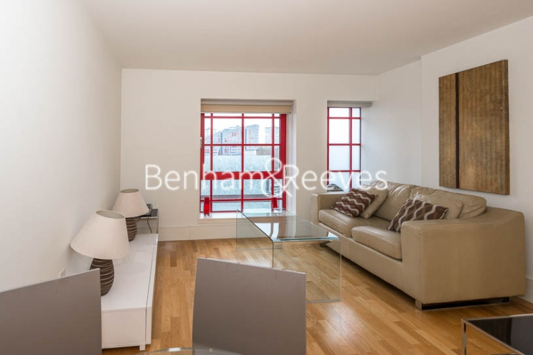 1 bedroom(s) flat to rent in Highbury Stadium Square, Highbury, N5-image 9