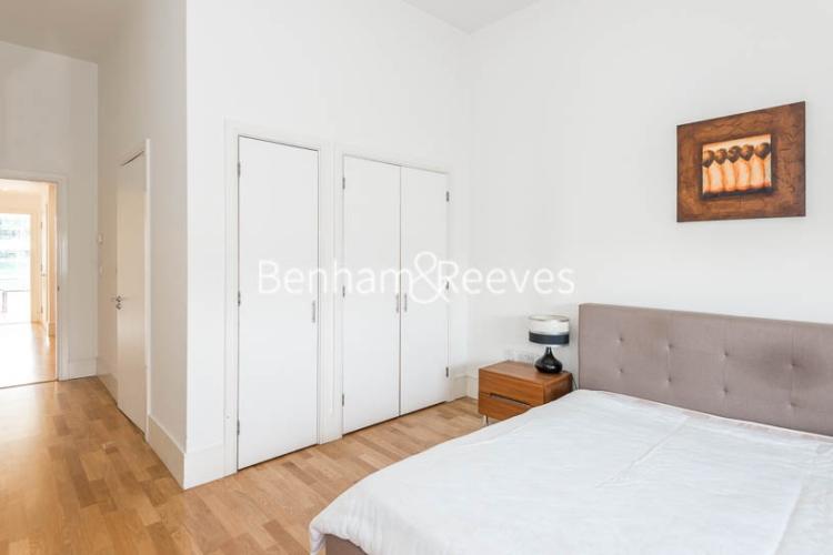 1 bedroom(s) flat to rent in Highbury Stadium Square, Highbury, N5-image 8