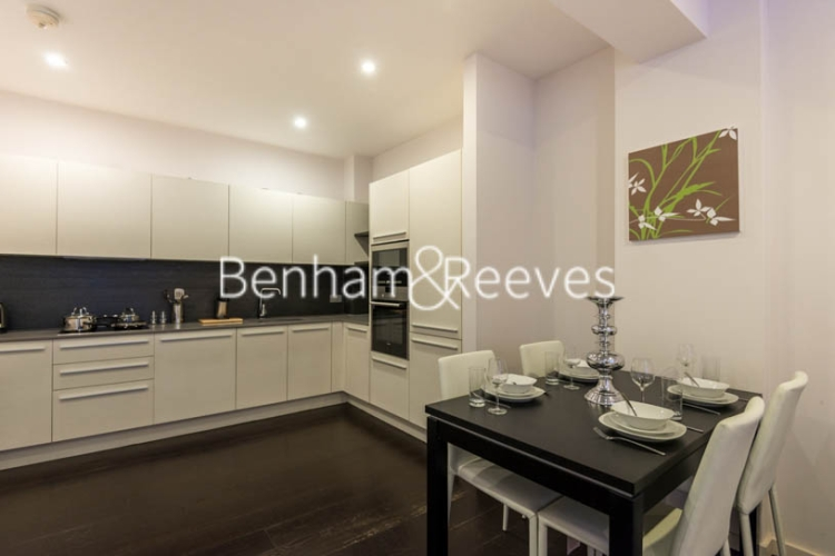 1 bedroom(s) flat to rent in Drummond Way, Highbury and Islington, N1-image 2