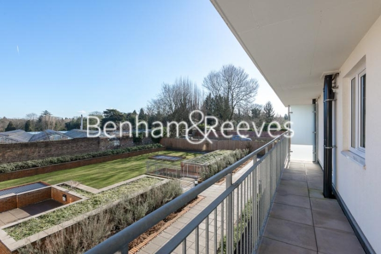 1 bedroom(s) flat to rent in Lankaster Gardens, Highgate, N2-image 5