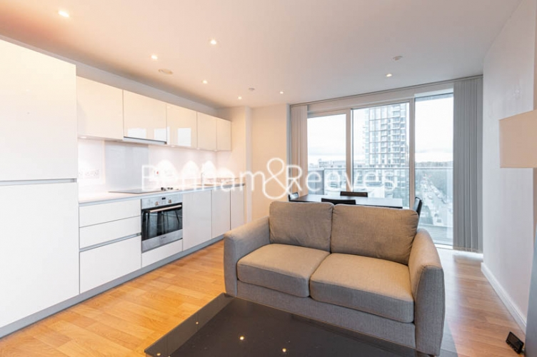 1 bedroom(s) flat to rent in Woodberry Park, Finsbury Park, N4-image 6