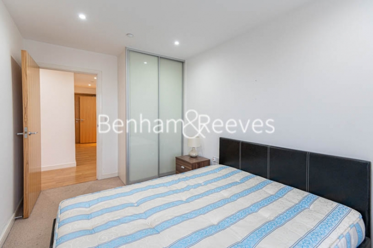 1 bedroom(s) flat to rent in Woodberry Park, Finsbury Park, N4-image 8