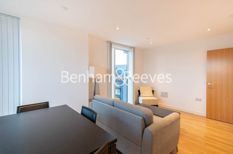 1 bedroom(s) flat to rent in Woodberry Park, Finsbury Park, N4-image 9