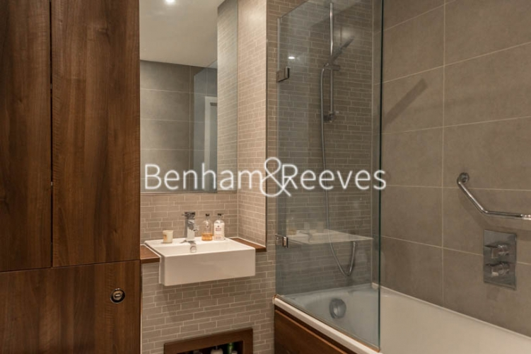 1 bedroom(s) flat to rent in Woodberry Grove, Finsbury Park, N4-image 3