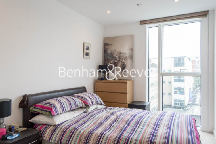 1 bedroom(s) flat to rent in Woodberry Grove, Finsbury Park, N4-image 4