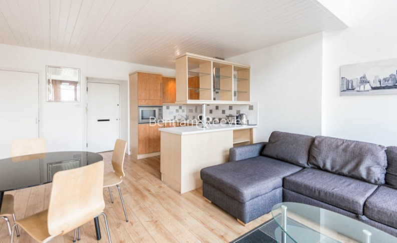 1 bedroom(s) flat to rent in Southwood Park, Southwood Lawn, N6-image 1