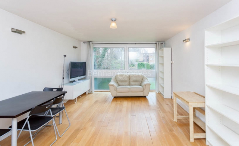 2 bedroom(s) flat to rent in Alford House, Stanhope Road, N6-image 1