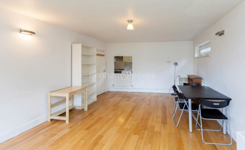 2 bedroom(s) flat to rent in Alford House, Stanhope Road, N6-image 2
