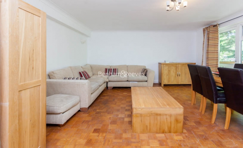3 bedroom(s) flat to rent in Shepherds Hill, Highgate, N6-image 1