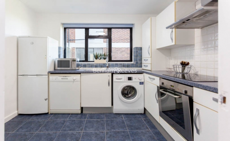 3 bedroom(s) flat to rent in Shepherds Hill, Highgate, N6-image 4