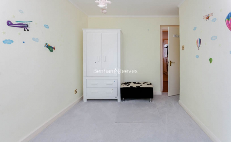 3 bedroom(s) flat to rent in Shepherds Hill, Highgate, N6-image 6