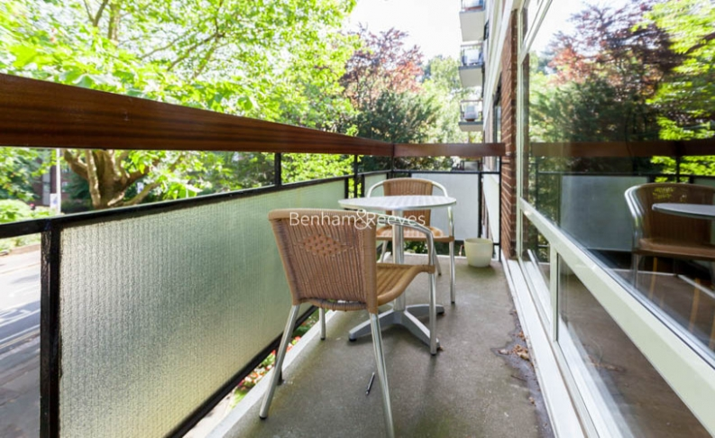 3 bedroom(s) flat to rent in Shepherds Hill, Highgate, N6-image 10