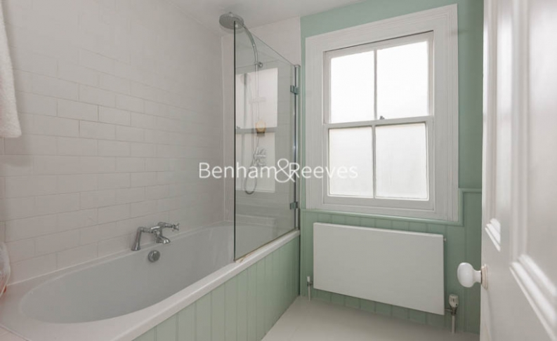 5 bedroom(s) house to rent in Cromwell Avenue, Highgate, N6-image 11