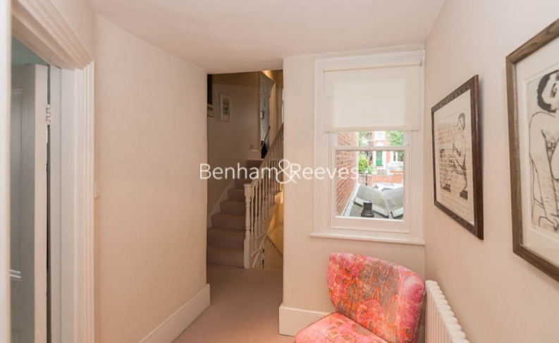 5 bedroom(s) house to rent in Cromwell Avenue, Highgate, N6-image 18