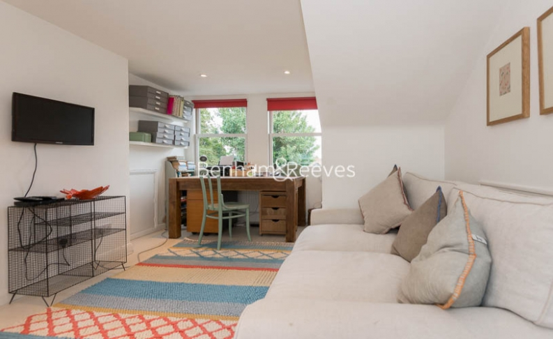 5 bedroom(s) house to rent in Cromwell Avenue, Highgate, N6-image 19