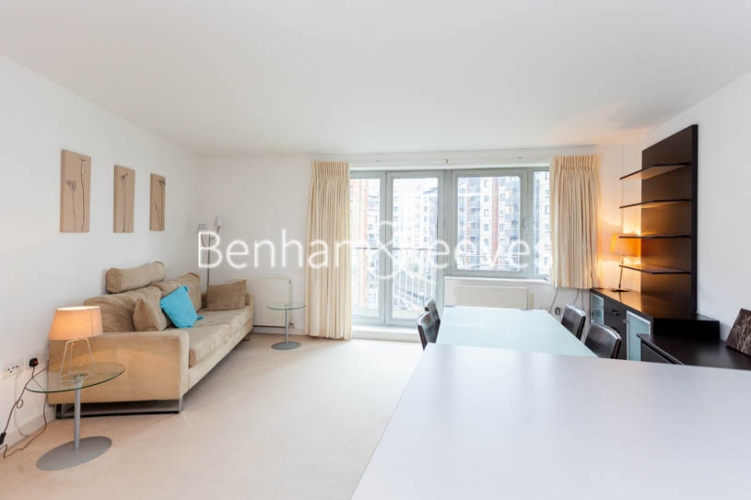 1 bedroom(s) flat to rent in Garand Court, Eden Grove, N7-image 1