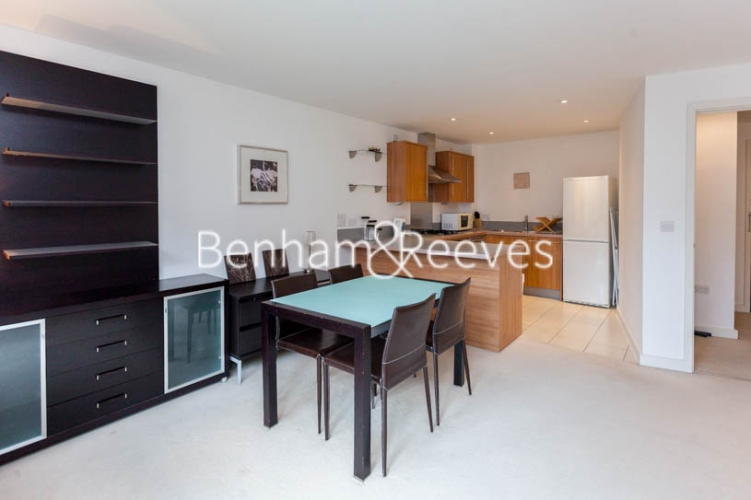 1 bedroom(s) flat to rent in Garand Court, Eden Grove, N7-image 3