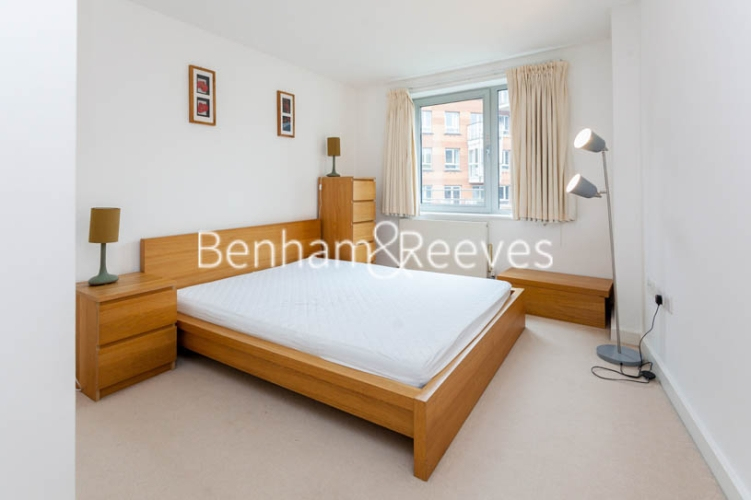 1 bedroom(s) flat to rent in Garand Court, Eden Grove, N7-image 4
