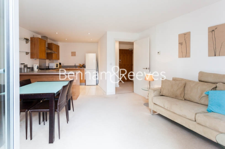 1 bedroom(s) flat to rent in Garand Court, Eden Grove, N7-image 11