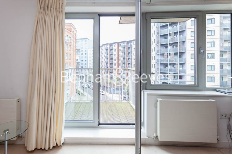 1 bedroom(s) flat to rent in Garand Court, Eden Grove, N7-image 12