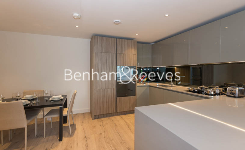 1 bedroom(s) flat to rent in Smithfiled Square, Hornsey, N8-image 2