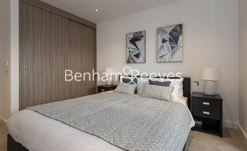 1 bedroom(s) flat to rent in Smithfiled Square, Hornsey, N8-image 8