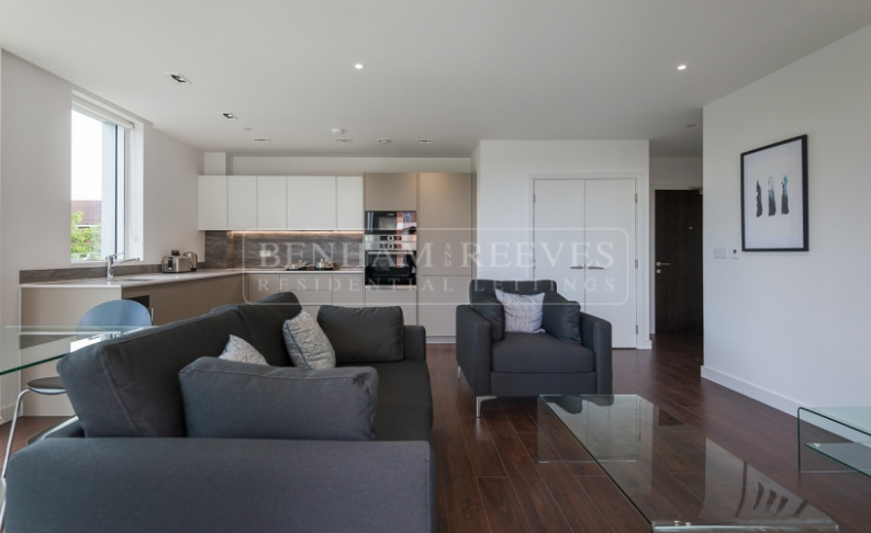 1 bedroom(s) flat to rent in Woodberry Down, Highgate, N4-image 1
