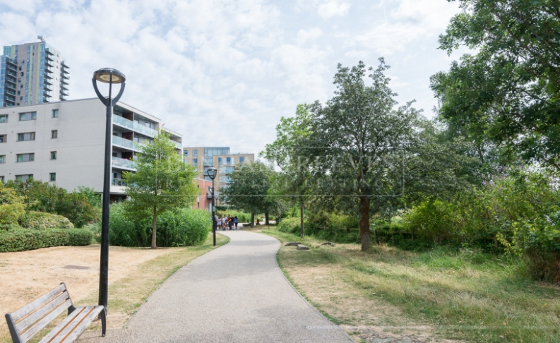 1 bedroom(s) flat to rent in Woodberry Down, Highgate, N4-image 14