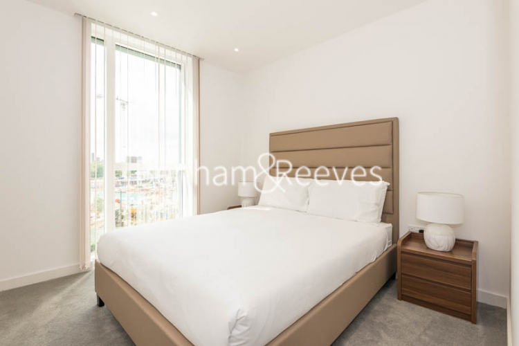 2 bedroom(s) flat to rent in Woodberry Park, Highgate, N4-image 8