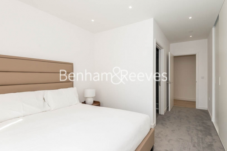 2 bedroom(s) flat to rent in Woodberry Park, Highgate, N4-image 11