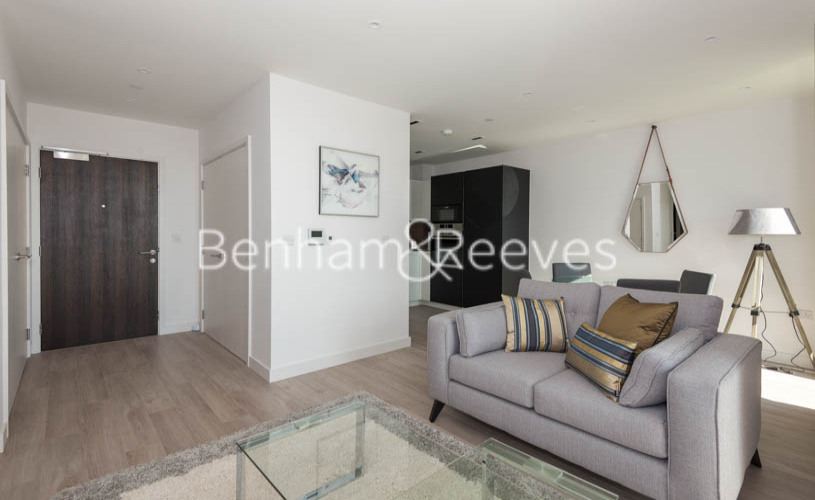 2 bedroom(s) flat to rent in Woodberry Park, Highgate, N4-image 7